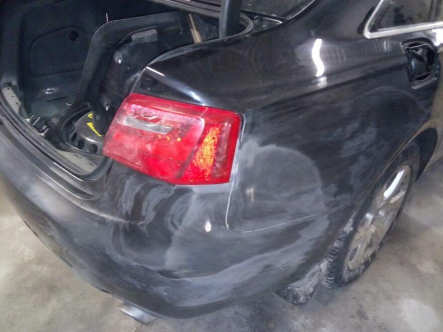 фото ауди во время кузовного ремонта