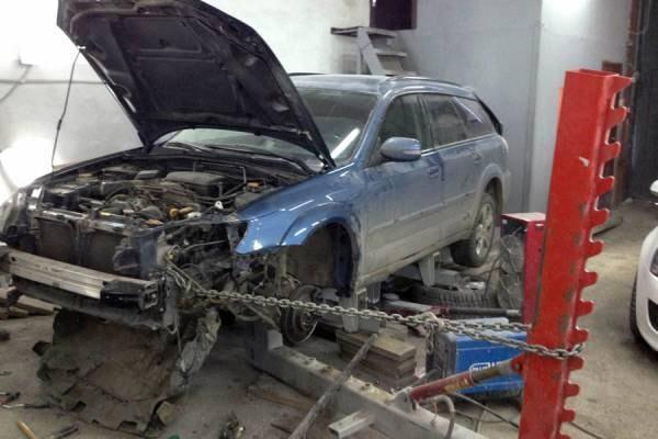 Фото процесса восстановления геометрии автомобиля